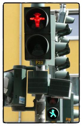 berlin-signal-men
