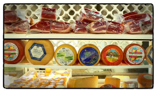 mercado-presunto-e-queijo