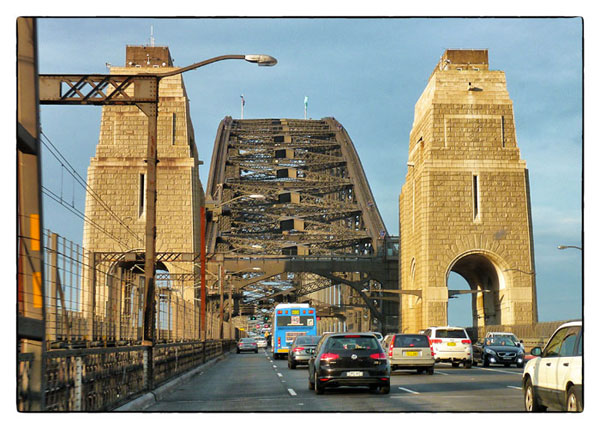 sydney-harbour-bridge-afternoon