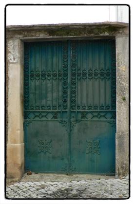 tall-gates